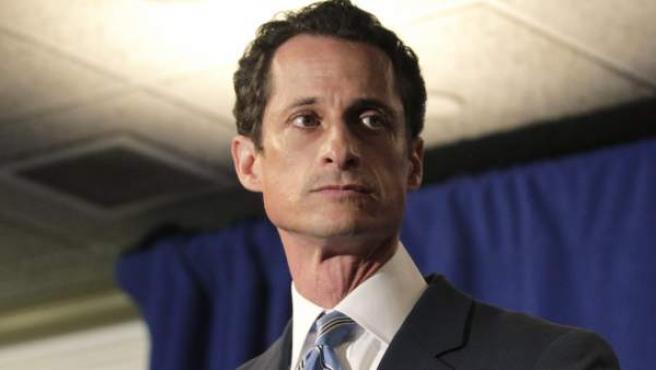 Imagen de archivo del congresista demócrata Anthony Weiner, que se tomó fotos comprometedoras para luego enviárselas a mujeres por Internet.