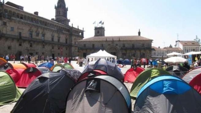 Acampadas En Plaza De Obradoiro