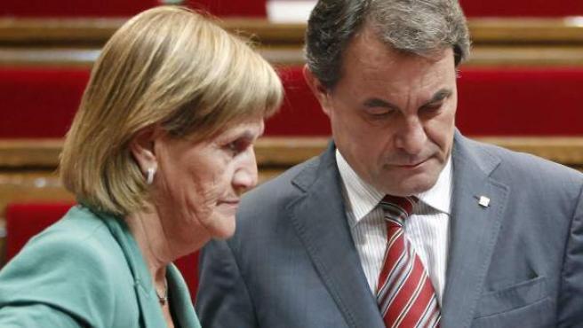 Artur Mas y la presidenta del Parlament, Núria de Gispert.