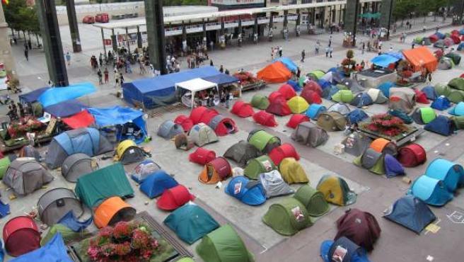 Acampada En Zaragoza