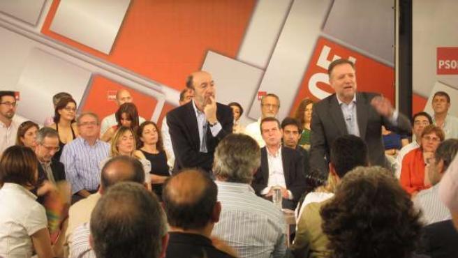 Rubalcaba En Una Reunión Con Alcaldes Del PSOE