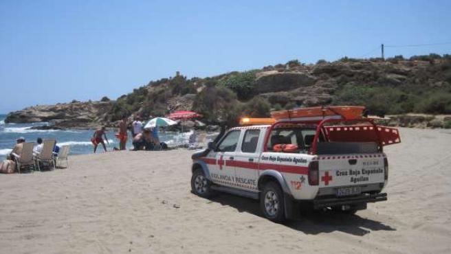 Vehículo De Rescate De Cruz Roja
