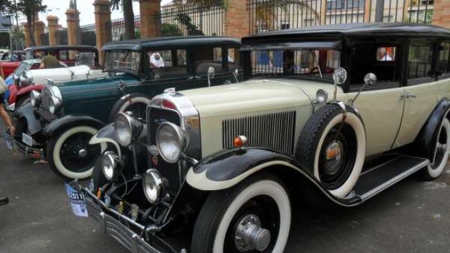 Vehículos Clásicos Recorren Malaga