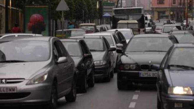Imagen de archivo de varios vehículos.