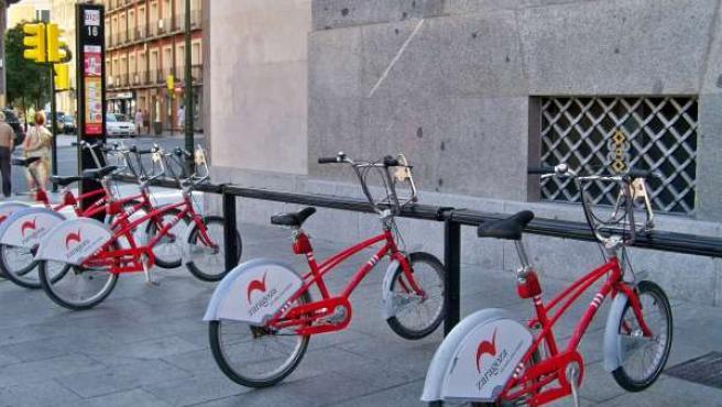 Estación Del Servicio De Bicicletas BIZI De Zaragoza
