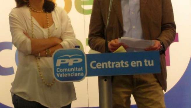 Sánchez De León Y Antonio Clemente En Rueda De Prensa