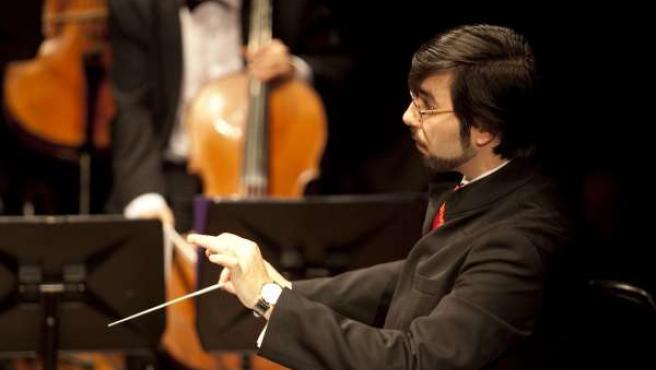 El Director Y Compositor Vallisoletano Ernesto Monsalve