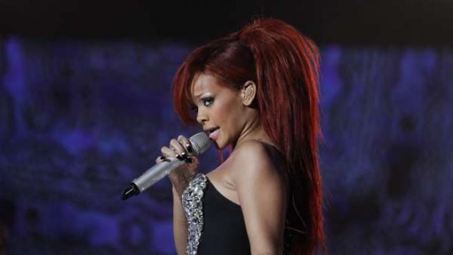 Rihanna, durante una actuación en Los Ángeles.