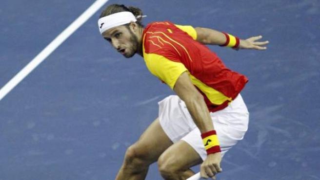 Feliciano López durante un partido de la Copa Davis.