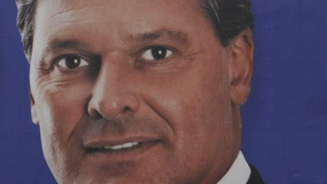 El candidato a la vicepresidencia de Guatemala, Mauricio Urruela, que ha sobrevivido a un accidente de helicóptero, aunque se encuentra gravemente herido.