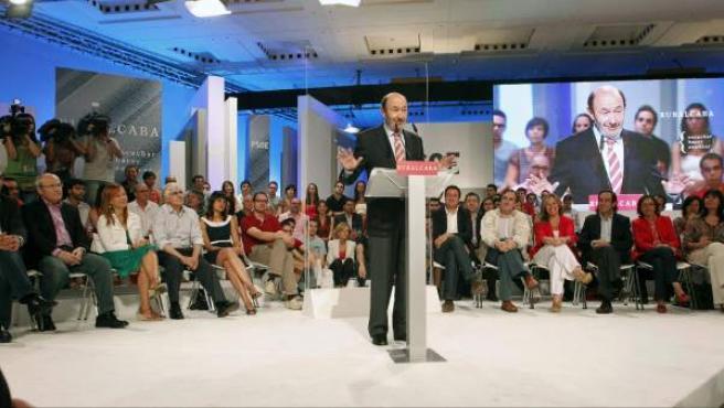 Rubalcaba, en su discurso tras ser proclamado candidato a la presidencia del Gobierno.