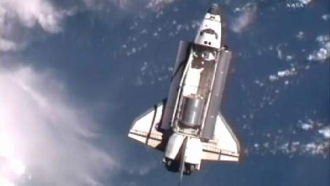 El transbordador Atlantis, tras partir hacia la Estación Espacial Internacional.