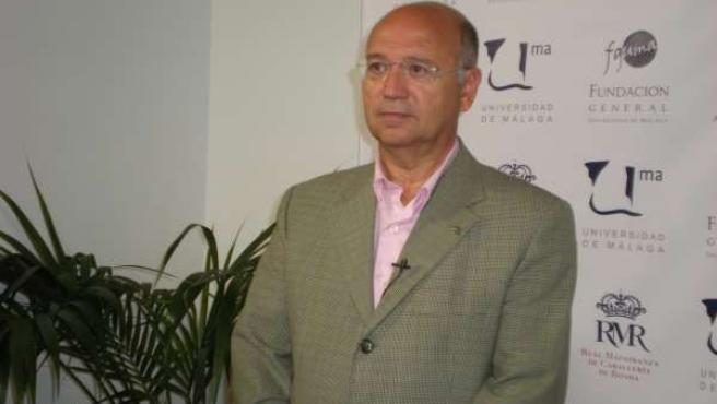 El Presidente De La Fundación Iberoamericana De Nutrición, Ángel Gil