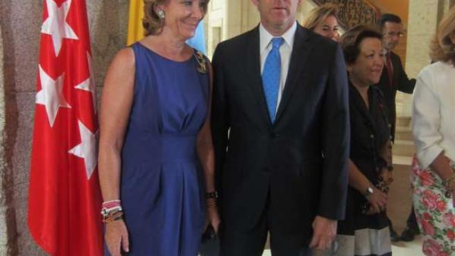 Aguirre Y Feijóo En La Puerta Del Sol