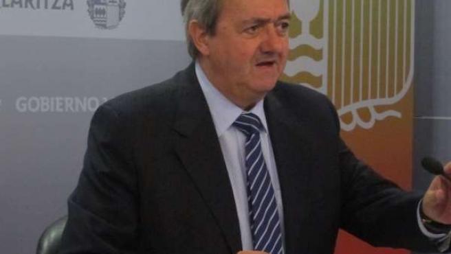 Carlos Aguirre.