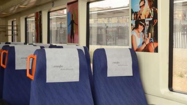 Fotografía Sobre El FIB En Un Tren
