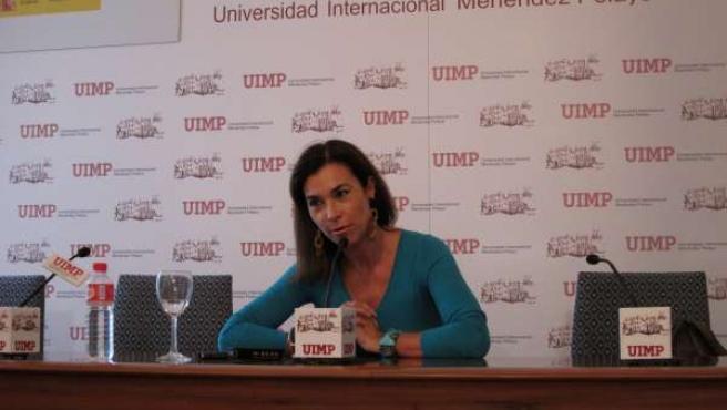 La Escritora Carmen Posadas Durante La Rueda De Prensa
