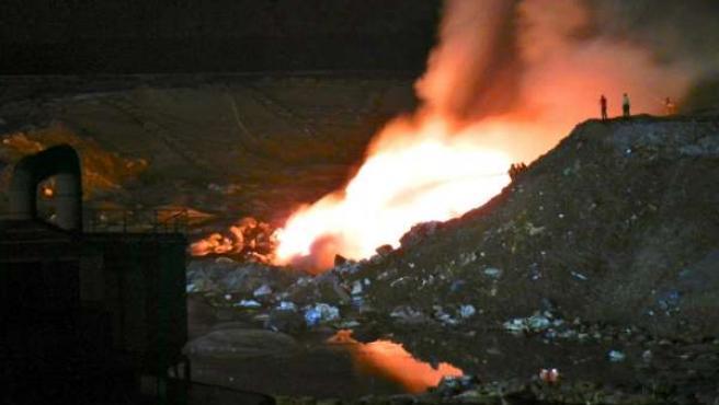 Incendio Registrado El Día 11 De Julio En El Vertedero De Nerva.