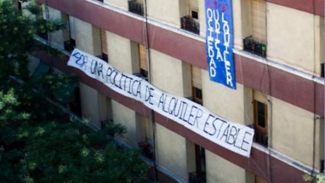 Bloque de viviendas sobre las que la SPA quiere incrementar el precio del alquiler en la calle Mallorca, Madrid.