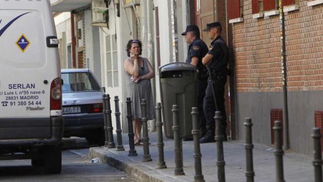 María José, la mujer desahuciada en Madrid, tras la internvención que frustró la protesta antidesalojo del movimiento 15-M.