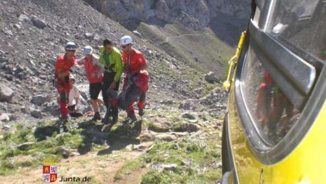 Imagen Del Rescate En El Refugio Collado Jermoso