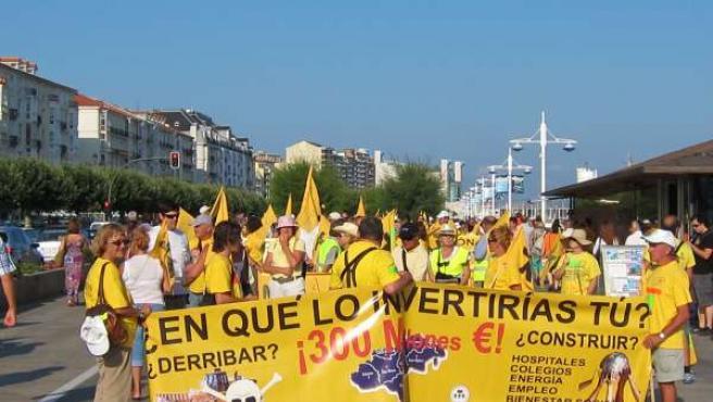Afectados Por Derribos En Santander