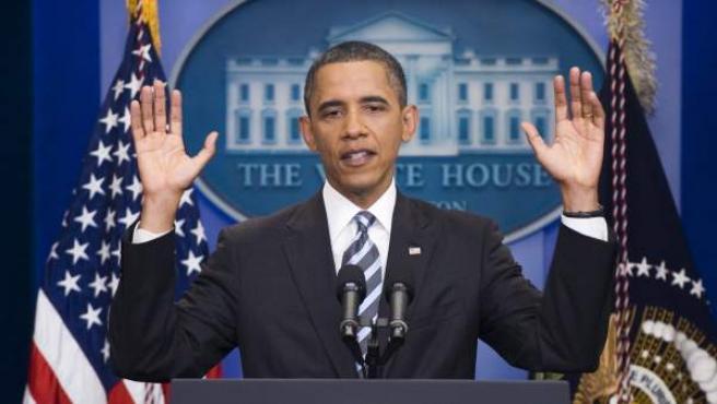 El presidente de Estados Unidos, Barack Obama responde a una pregunta de los medios de comunicación durante una conferencia de prensa en la sala de prensa breifing Brady de la Casa Blanca.