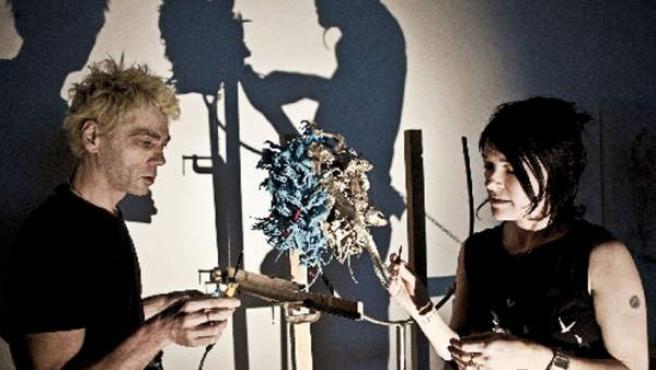 Los artistas británicos Tim Noble y Sue Webster