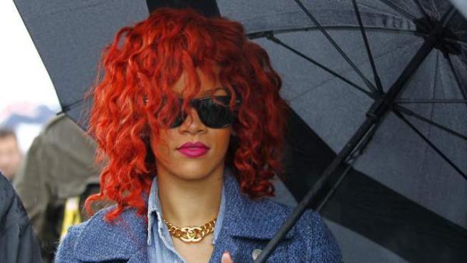 Rihanna camina por el 'paddock' durante el Gran Premio de Fórmula Uno de Canadá.