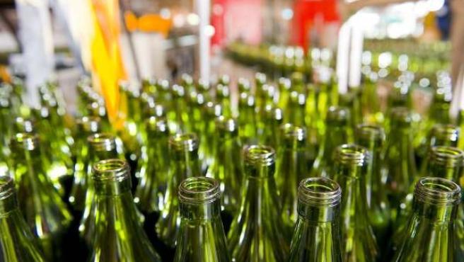 Planta de botellas de vidrio