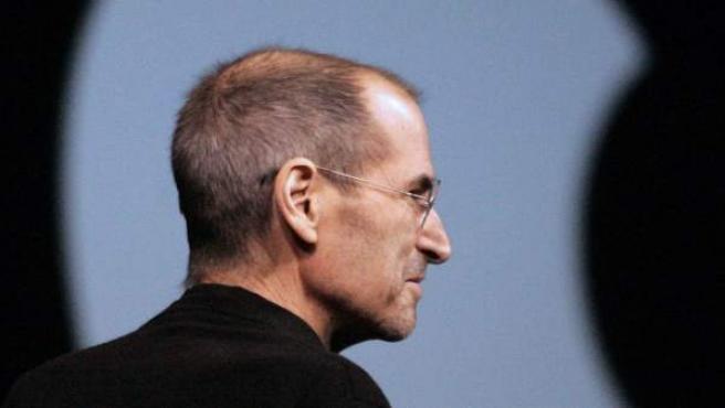Fotografía de archivo fechada el 6 de junio de 2011 en la que aparece el consejero delegado de Apple, Steve Jobs.