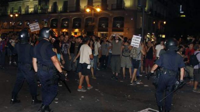 Disturbios en el centro de Madrid tras la manifestación laica contra la financiación de la visita del papa.