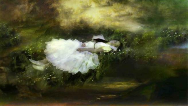 Obra de Annelies Štrba inspirada en 'Las aventuras de Alicia en el país de las maravillas'