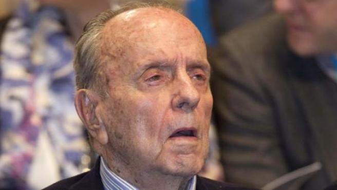 Fotografía de archivo del 21 de enero del 2011 del presidente fundador del PP, Manuel Fraga.