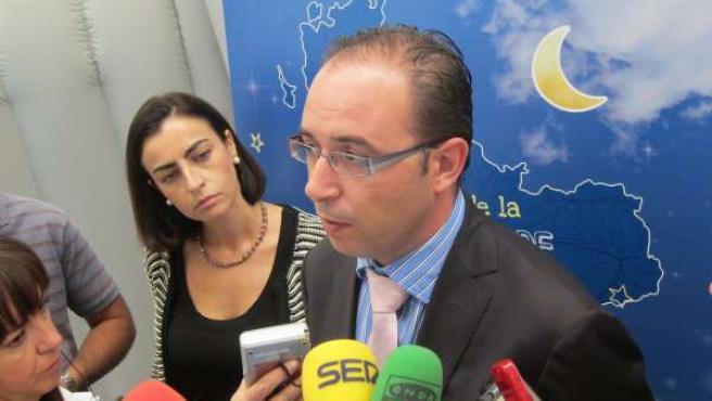 García Y Alonso En La Presentación Del Puesto De La Diputación De Valladolid