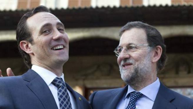 El presidente electo de Baleares, José Ramón Bauzá, junto al presidente del PP, Mariano Rajoy.