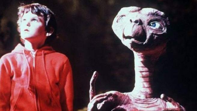 Henry Thomas en la película 'E.T.' (1982).