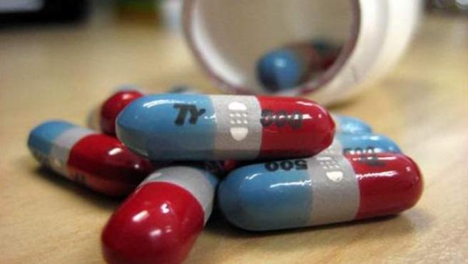 Pildoras de un medicamento.