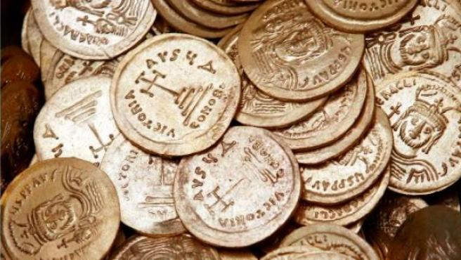 Imagen de unas monedas de oro de la Antigüedad encontradas en Jerusalén.