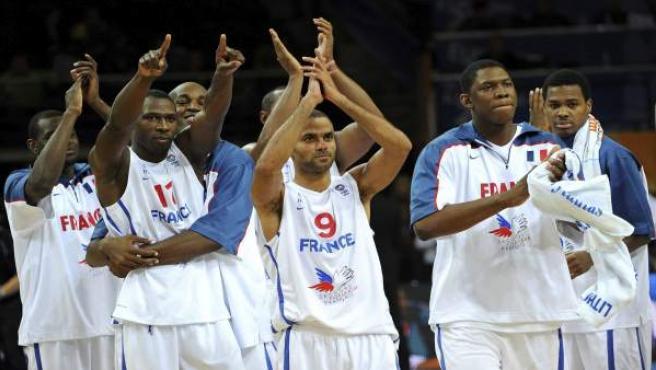 Los jugadores franceses celebran su victoria ante Grecia.