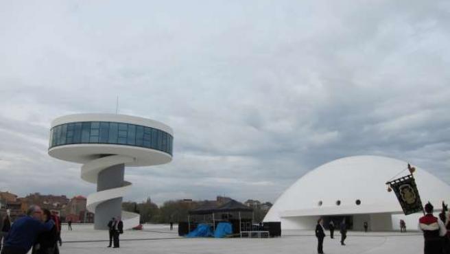 Centro Niemeyer. Día de la inauguración.