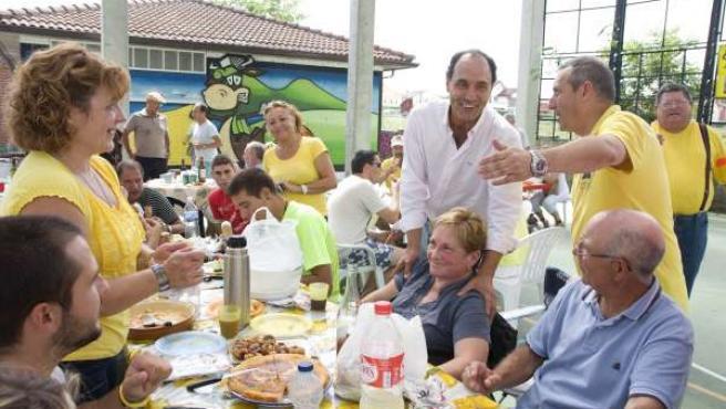 Anterior encuentro de Diego y miembros de AMA celebrado en agosto