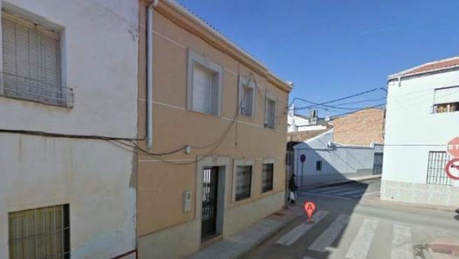 Pasaje Santa María 25, en Linares, lugar en el que ha tenido lugar el suceso.