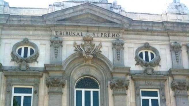 Imagen de archivo de la fachada del Tribunal Supremo, en Madrid.