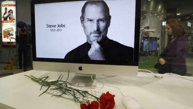 Homenaje a Steve Jobs en San Petersburgo.