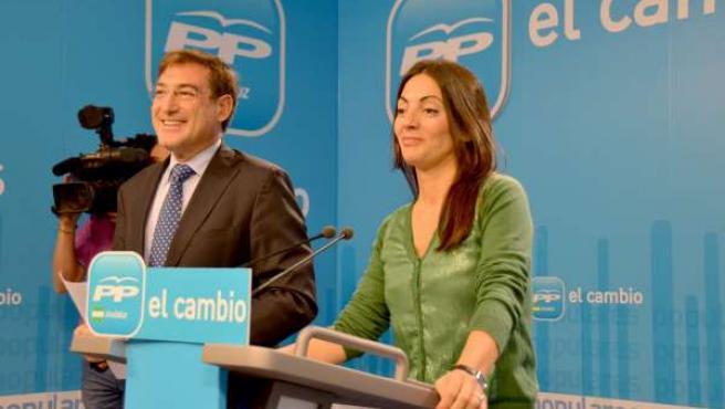 Rosario Soto Y Rafael Carmona, Hoy En Rueda De Prensa