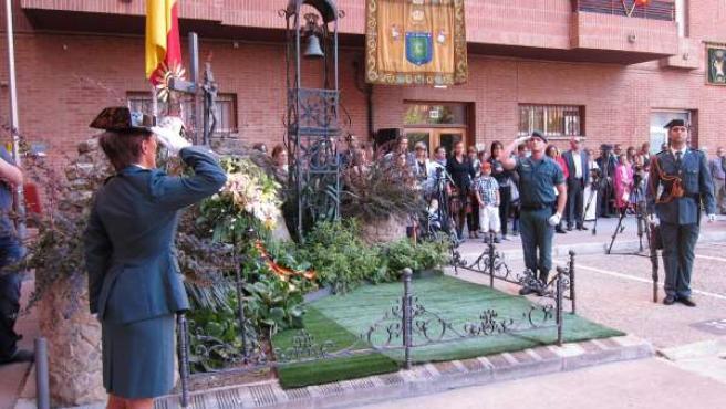 Homenaje A Los Caídos En El Día De La Guardia Civil