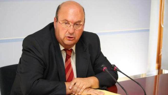 El Diputado Del PSOE José Molina