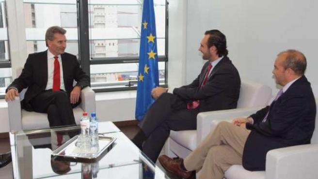 Günther Oettinger Con José Ramón Bauzá Y Antoni Gómez.