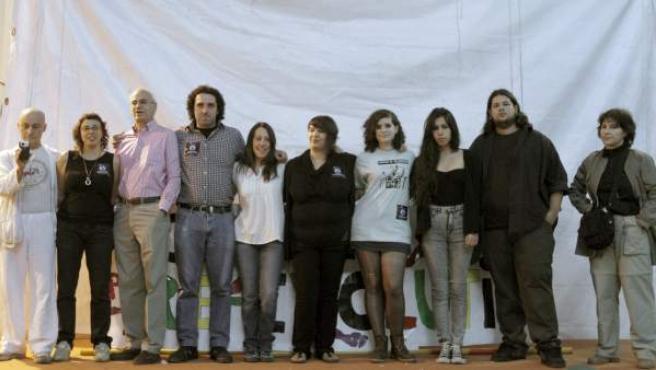 Representantes de varios colectivos relacionados con el 15M, durante la rueda de prensa informativa.